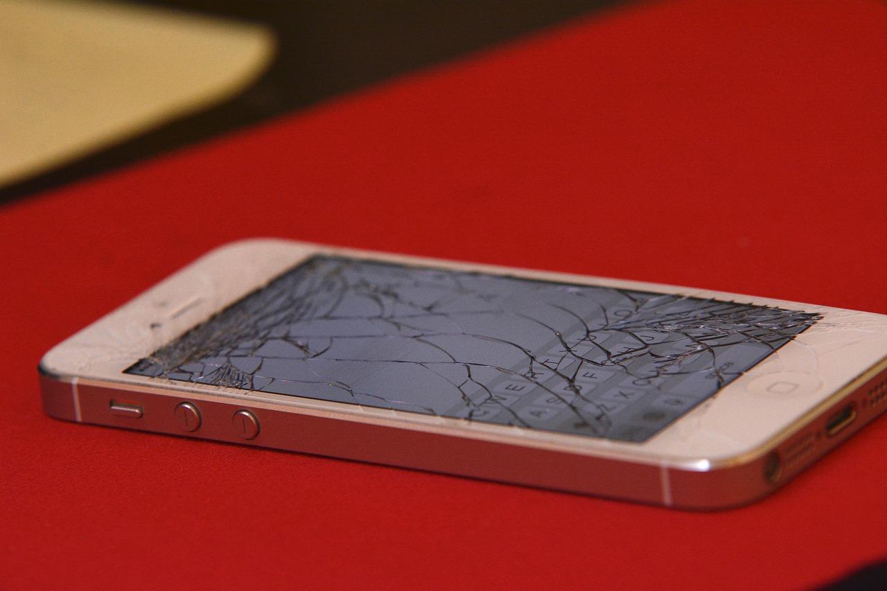 iphone smadret skærm
